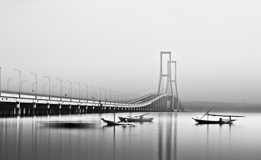 suramadu bridge by ucilito