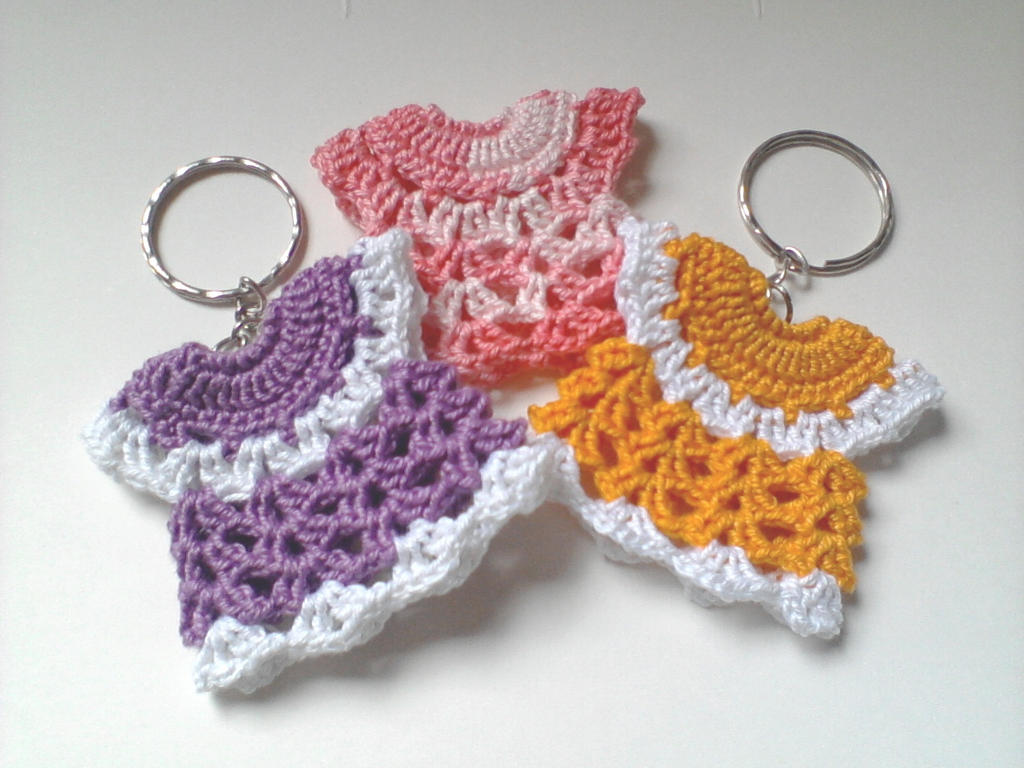 Crochet Keychain : Crochet Mini Dress Keychain by mhykl-mhdi-crochet on DeviantArt