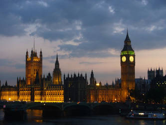 The Houses of Parliament by rimolyne