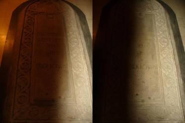 Tomb by rimolyne