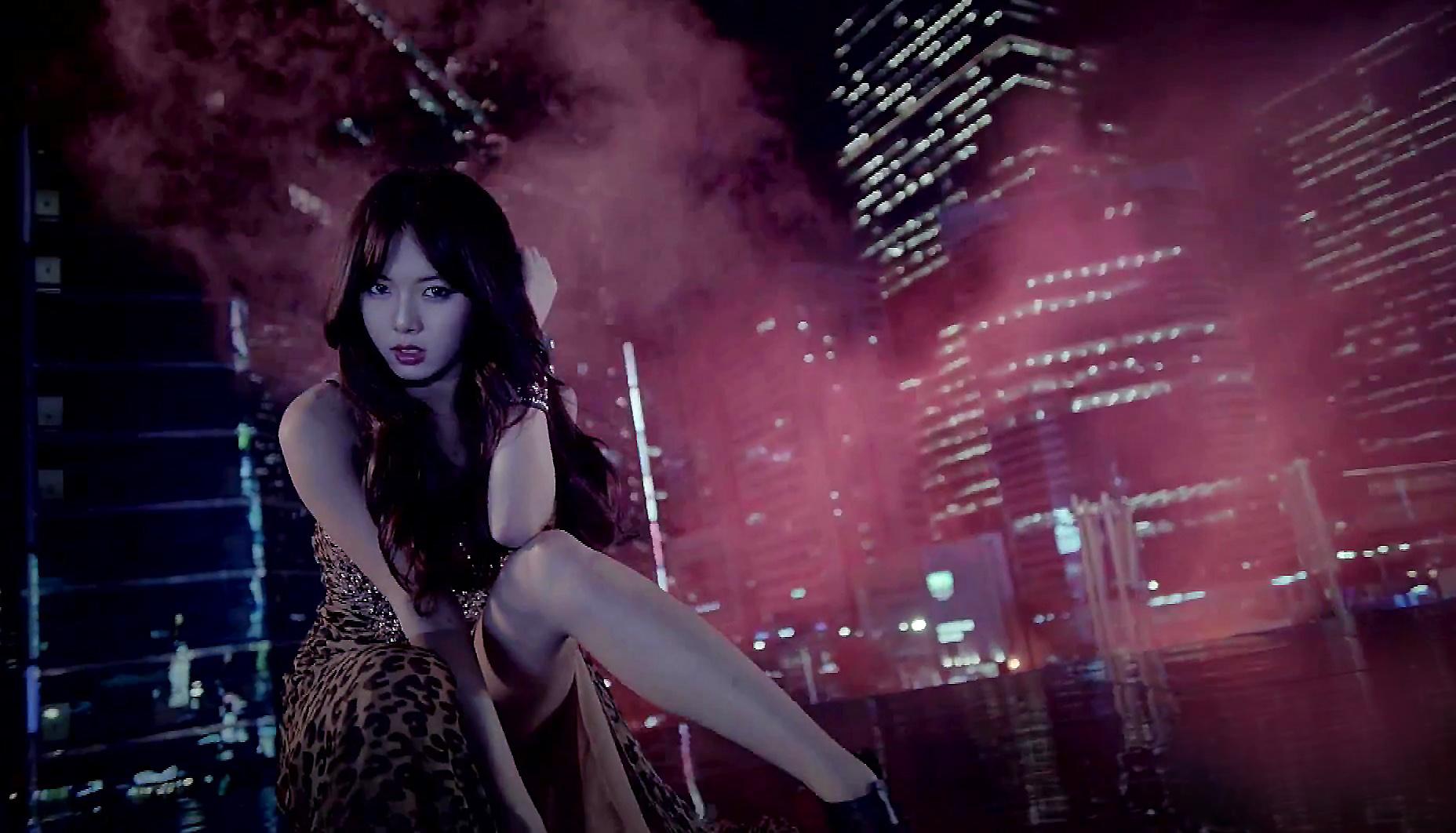 Hyuna - Trouble Maker Wallpaper by fuckyeahKPOP on DeviantArt