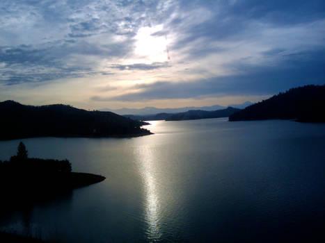 Lake Shasta Sunrise