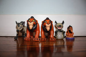 Scar and Hyena Figures by girlpet5