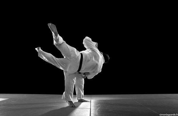 فنون قتالية, لياقة بدنية , فنون الدفاع عن النفس