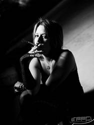 DHell Smoking by Slagophoto