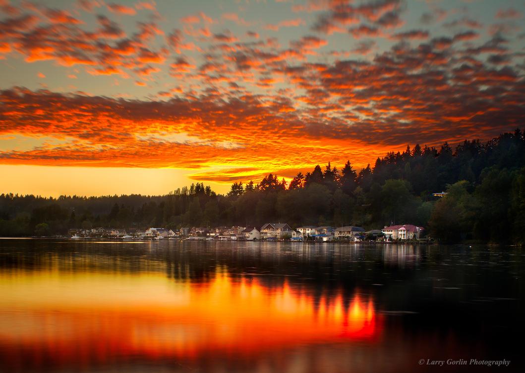 Lake Washington Sunset by LarryGorlin