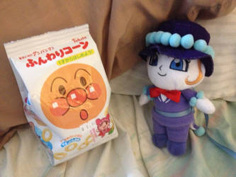Shiratama Plushie and the Bag of Corn Ring Snacks by dannichangirl