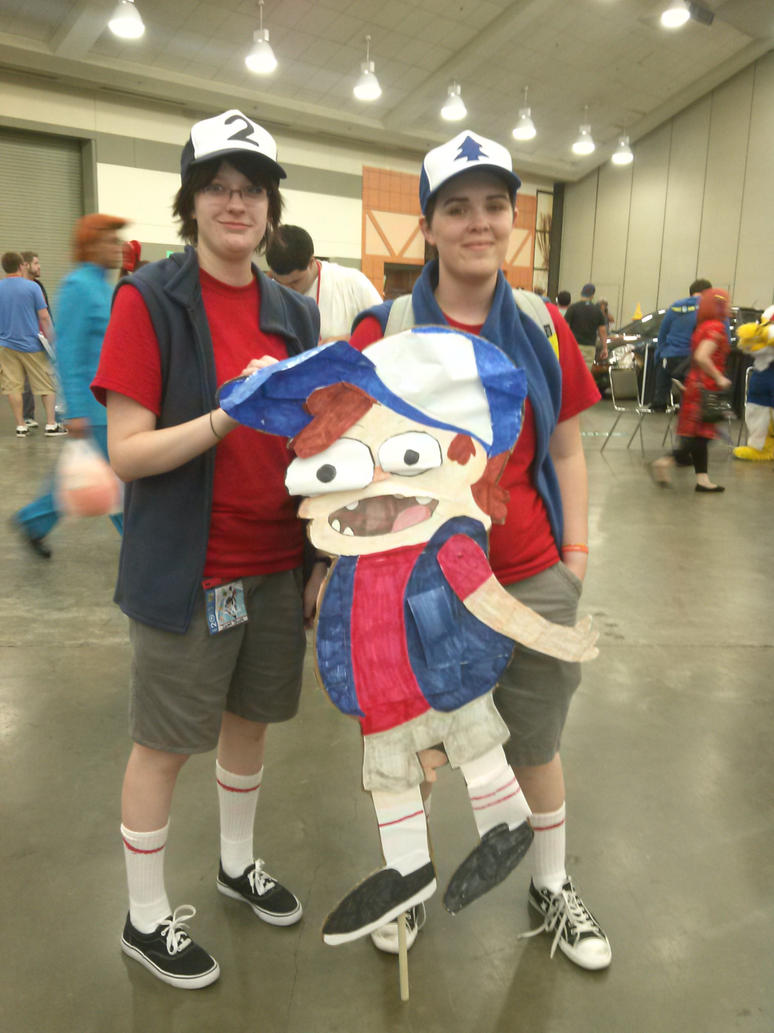 gravity falls cosplay 2 2013 by art is my bream d6hpm84