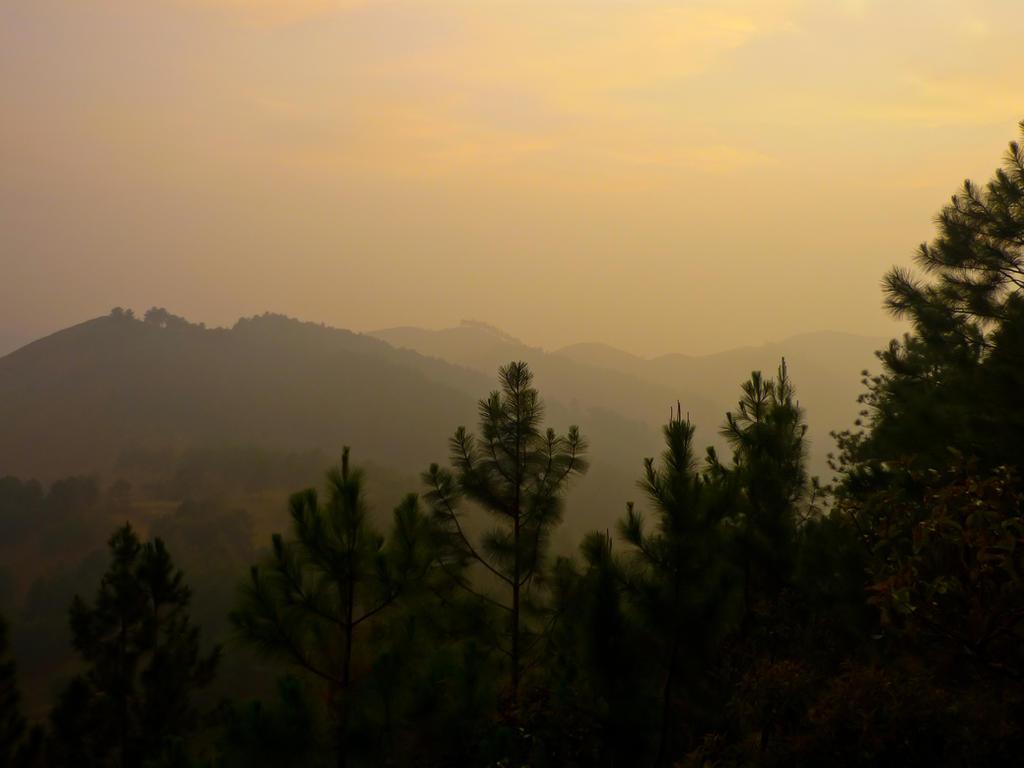 Taya Mountains by Thrym982