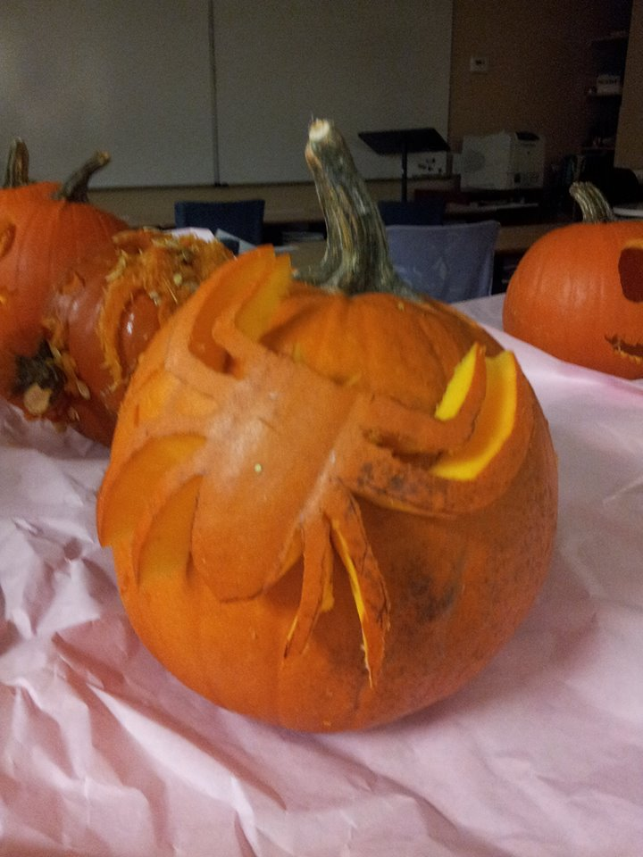 spiderman pumpkin by Annagong963