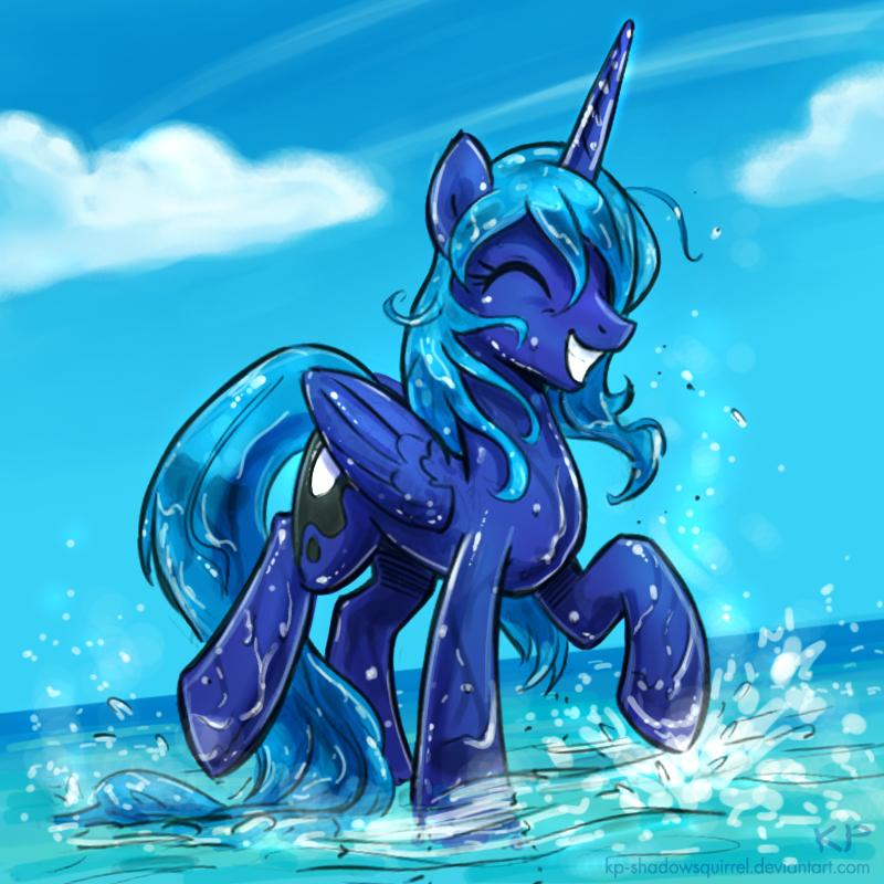 Splashy Luna