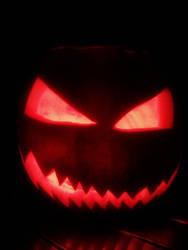 halloween carving by guru-13