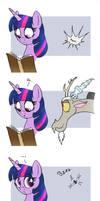 MLP FIM comic - Discord Annoy Princess Twilight