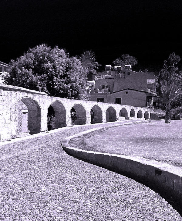 Aqueduct in Violet by alimuse