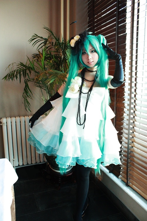 miku by michivvya