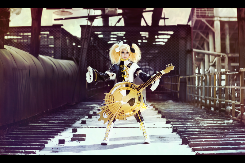 Kagamine Rin kakuyuugoroni by michivvya