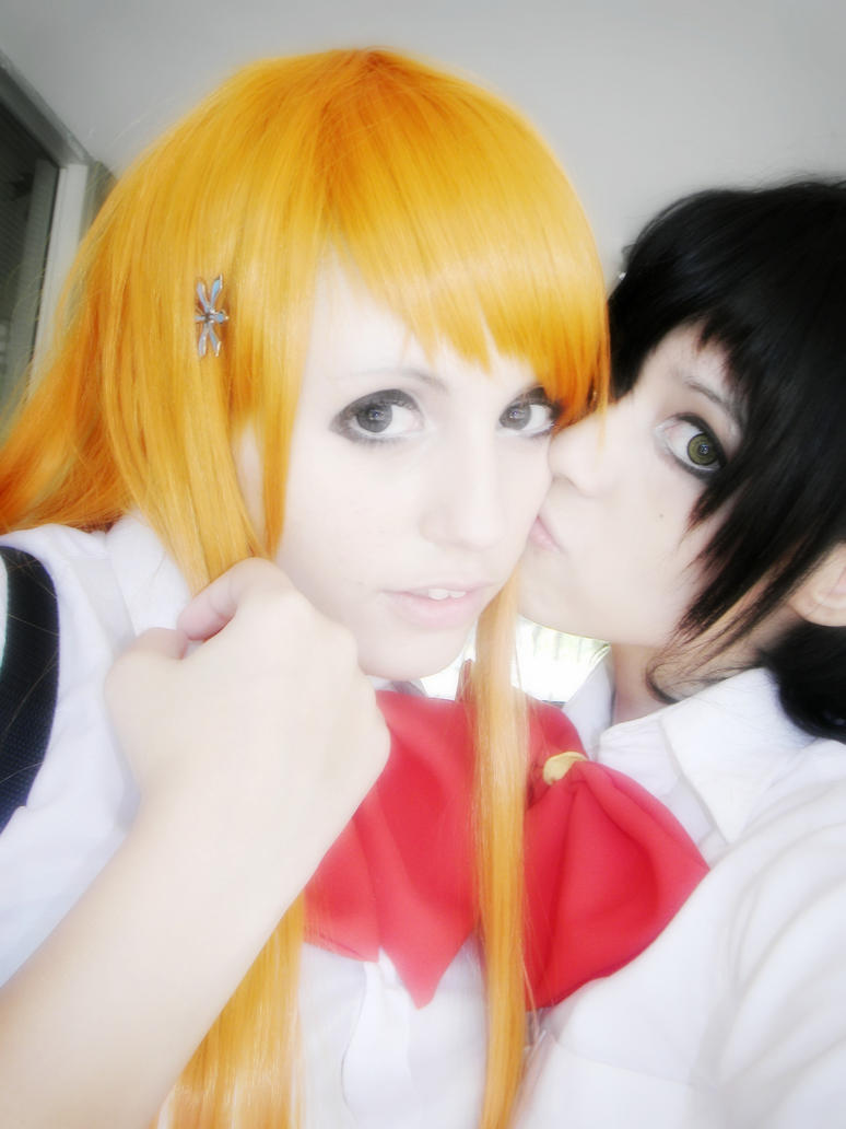 Orihime and Tatsuki by HelloKittyJess