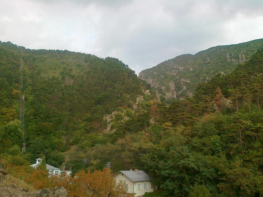 mountain by Bliznaka