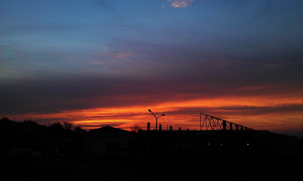4.11.13 sunrise by Bliznaka