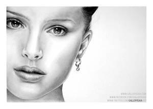 Natalie Portman by GalleryGaia