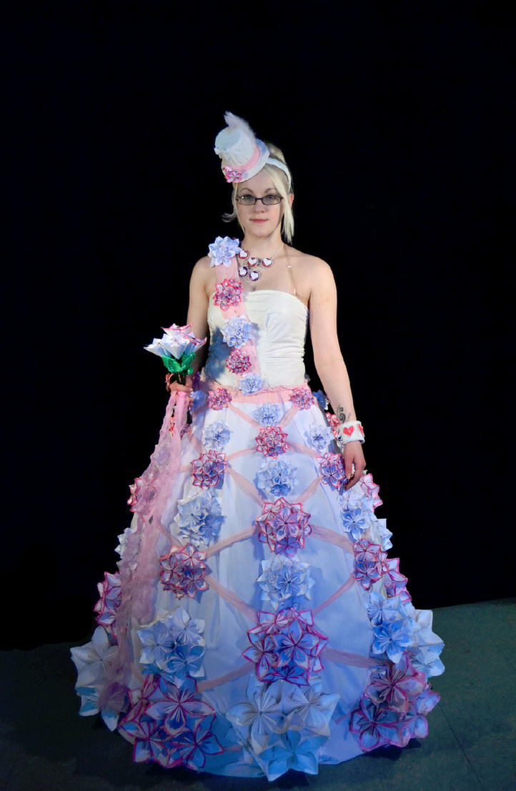 Origami flower wedding dress by lovely laceyann art on deviantart origami flower wedding dress by lovely laceyann art jeuxipadfo Choice Image