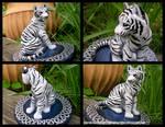 Celtic Wedding Topper White Tiger