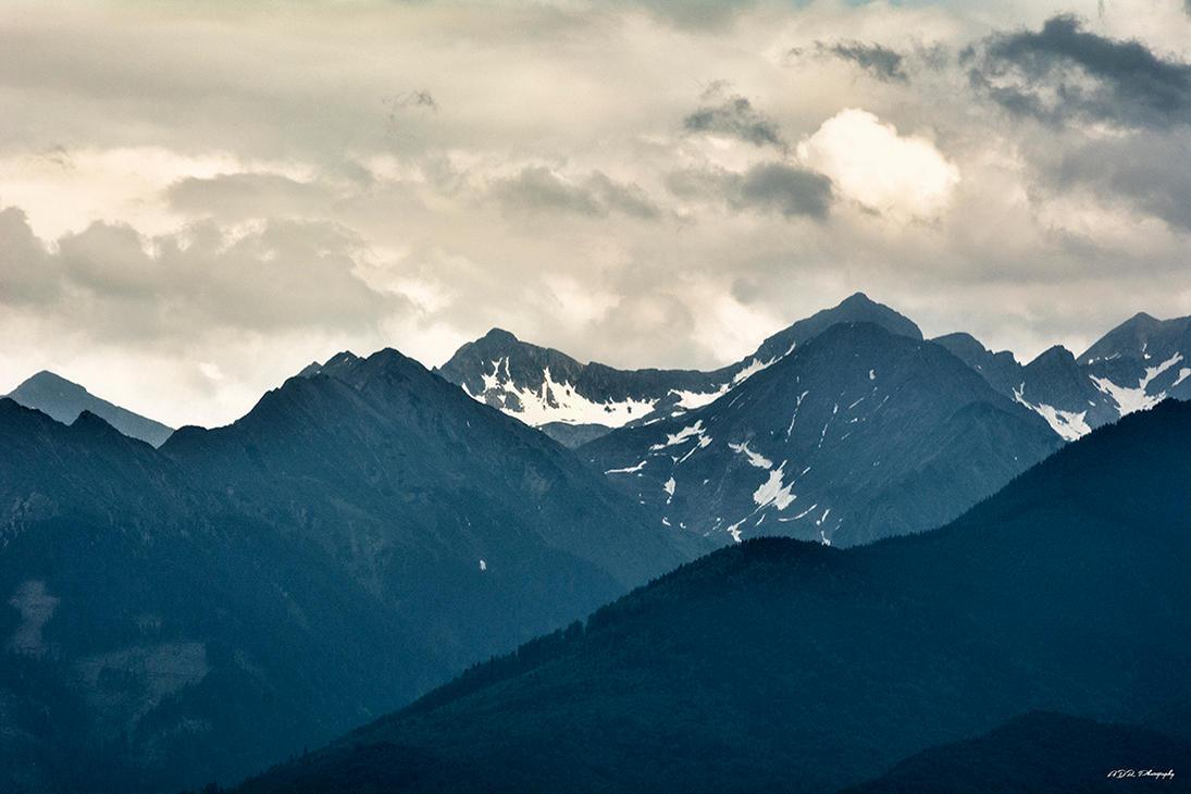 Fagaras Mountains 2 by trekking-triP