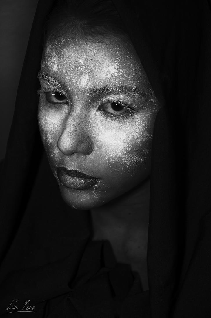 vierge noire by takingu