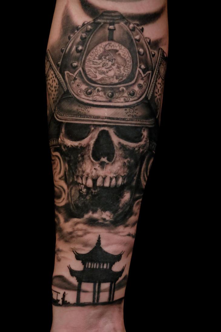 samurai skull by graynd
