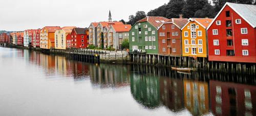 Trondheim by Benik0