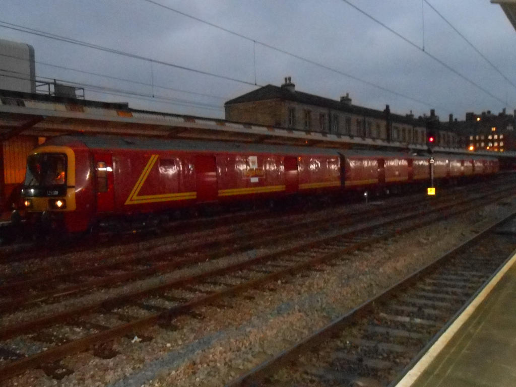 RM 325 009 at Preston by BoomSonic514
