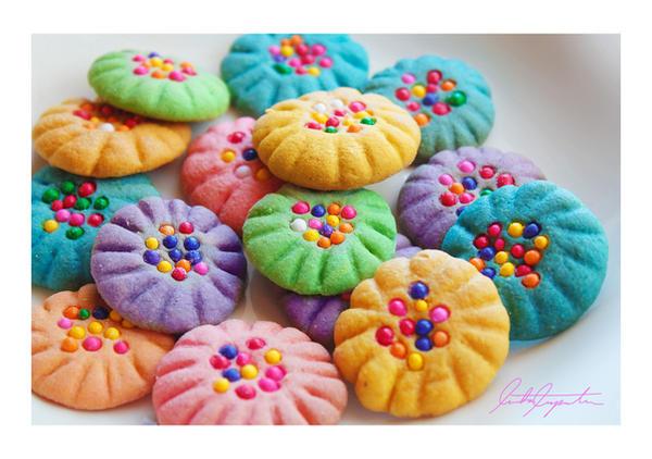 Pin Cushion Cookies by VintageWarmth