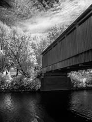 Infrared bridge by Dupuisphoto