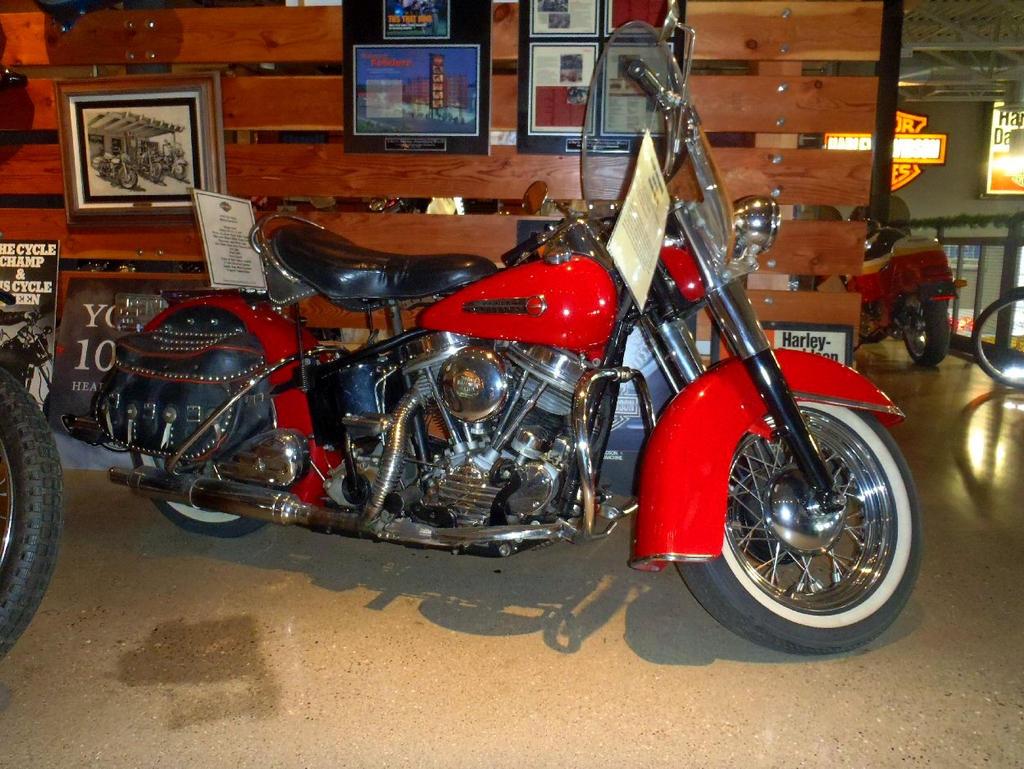 1949 Harley-Davidson Hydra-Glide by Caveman1a