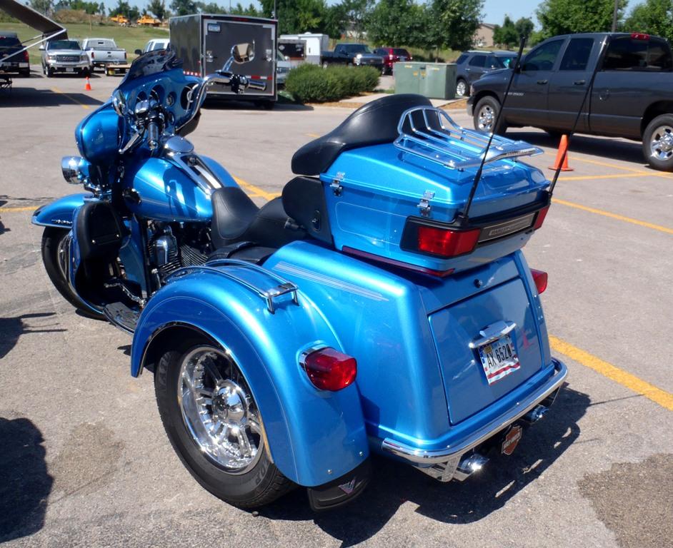 2011 Harley-Davidson Tri-Glide Left By Caveman1a On DeviantArt