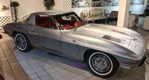 1963 Sting Ray Corvette by Caveman1a