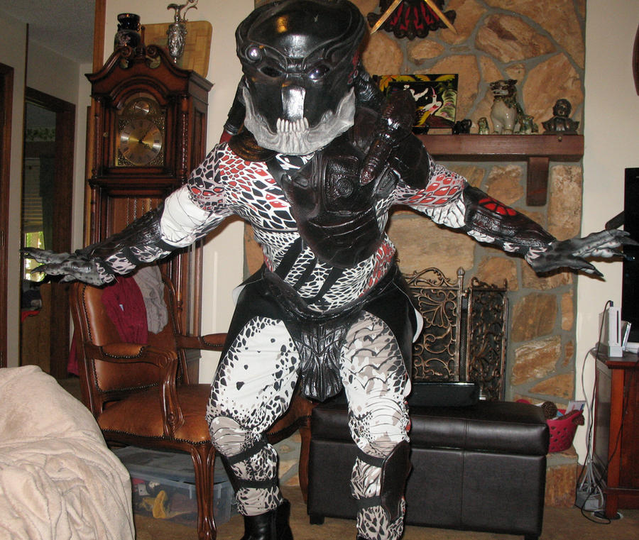 Berserker Predator costume by Rising-Darkness-Cos ... & Berserker Predator costume by Rising-Darkness-Cos on DeviantArt