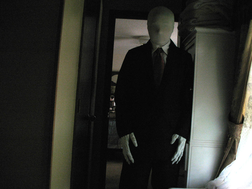 Slenderman Costume with new gloves by Rising-Darkness-Cos ... & Slenderman Costume with new gloves by Rising-Darkness-Cos on DeviantArt