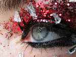 Eye red glitter and glass 4