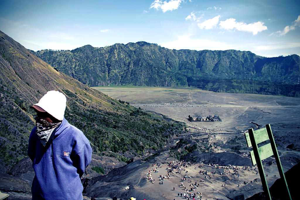 On the mountain bromo by muhadi65