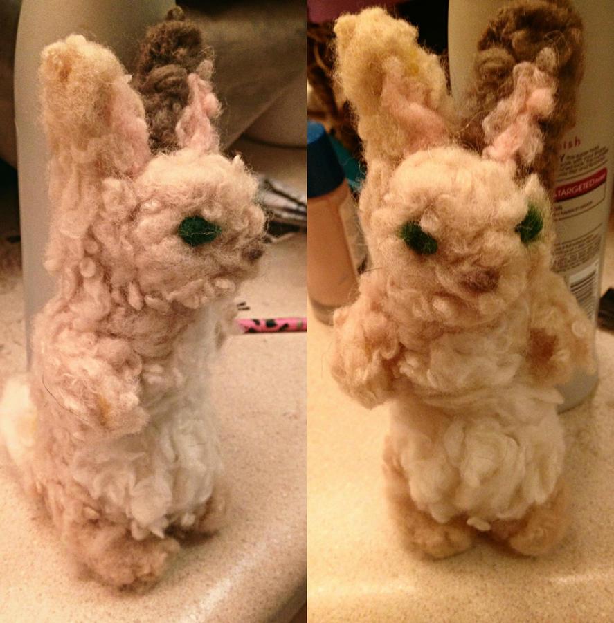 Needlefelted bunny by MakoBerryShortcake