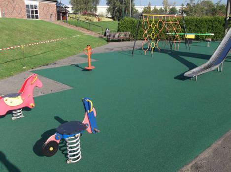 Play area surfacing maintenance