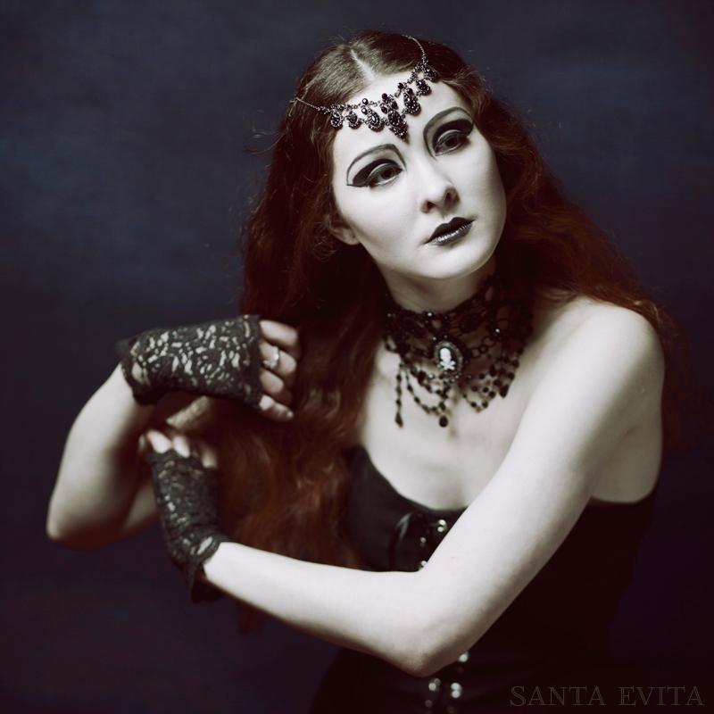 Princesse Gothique by Santa-Evita