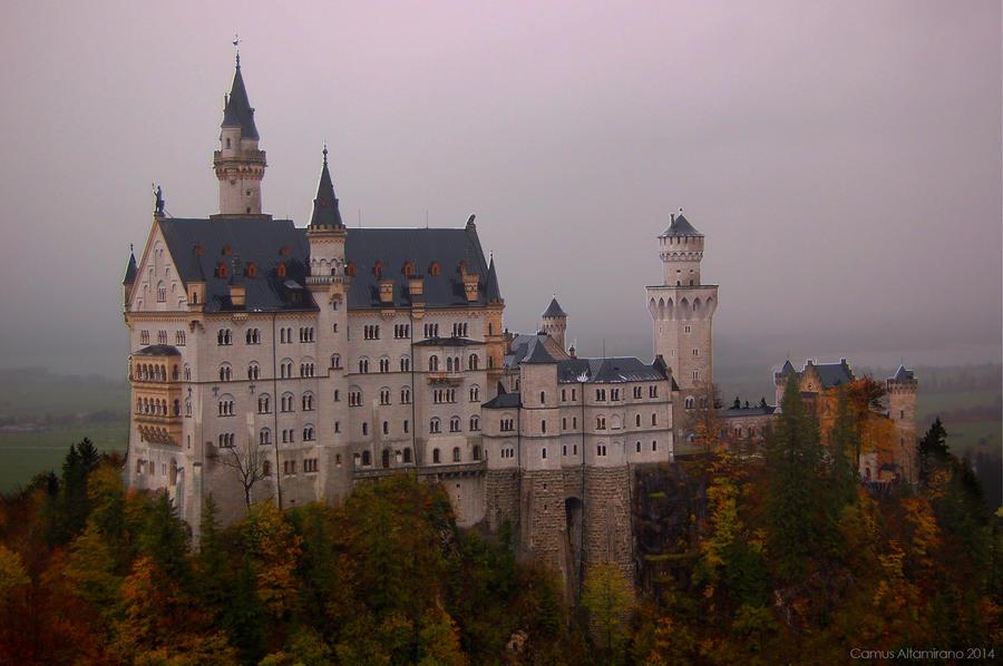 Schloss Neuschwanstein by CamusAltamirano