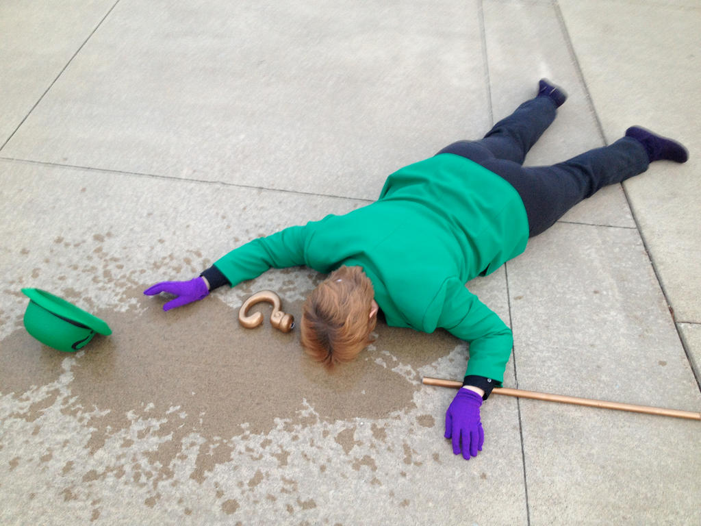 Knocked Out - Riddler Cosplay by michi-no
