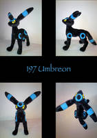 Plush Umbreon by nfasel