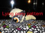 Lying pony pattern