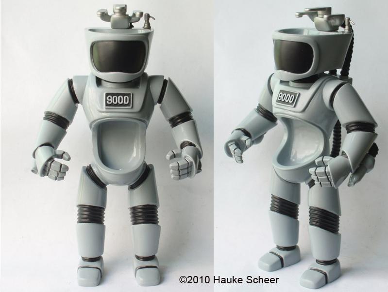U.R.I.-NAL 9000 resin figure by hauke3000