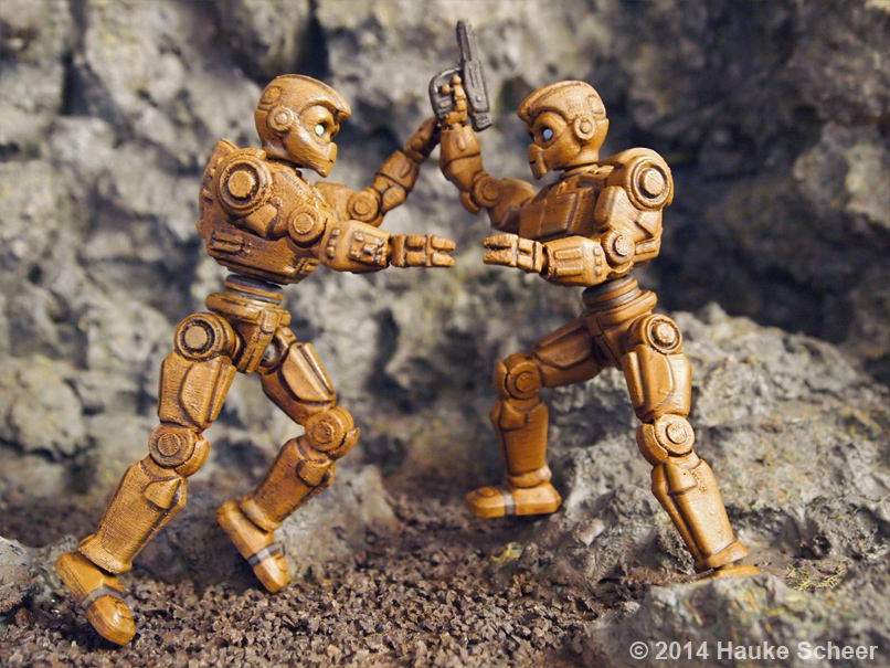 3D printed Robots painted_E by hauke3000