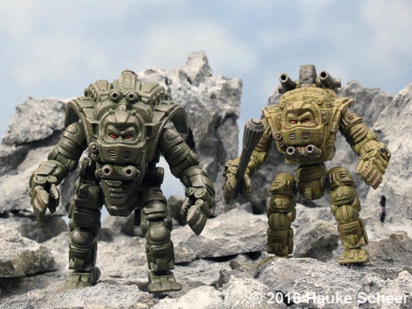 Copterhead and Headwalker 3D printed comparison by hauke3000